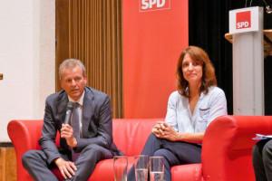 Auf dem Roten Sofa: Uli Maly und Kerstin Gardill